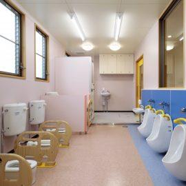 大分市朝来野工務店 公共・商業施設施工事例 大在こども園 トイレ