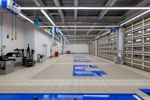 ネクステージ大分 整備工場2